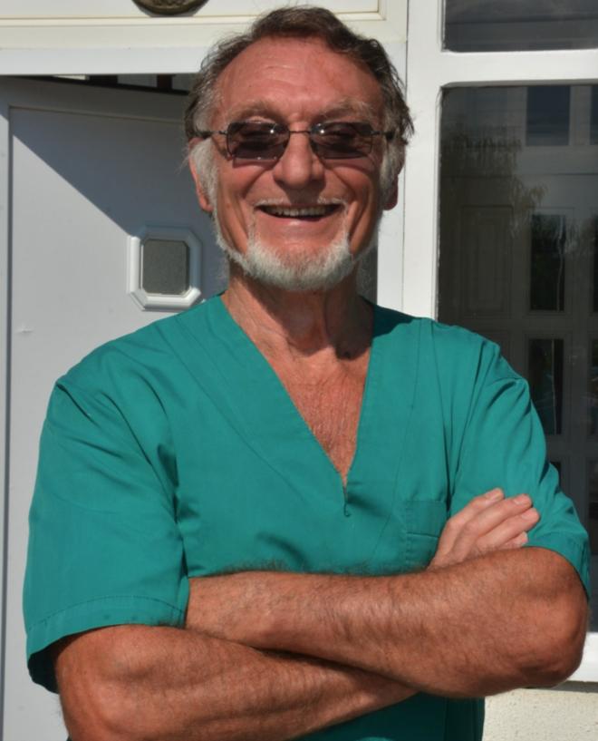 dr Svetozar Ćirić - Osnivač